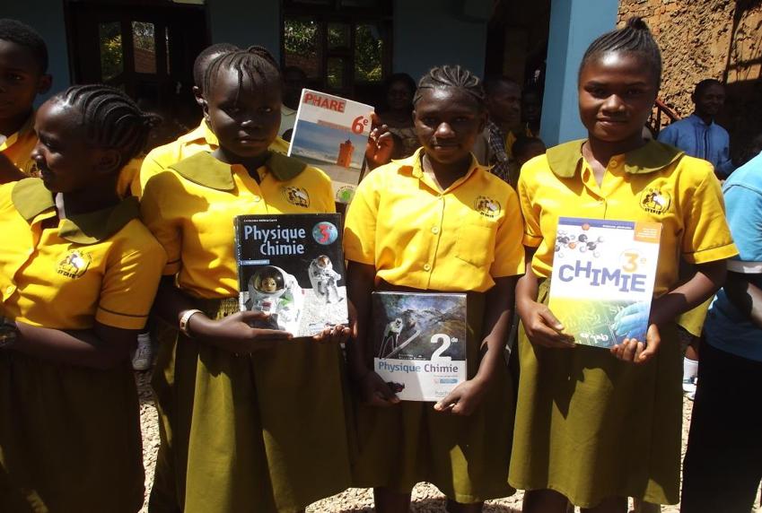 Don de manuels scolaires : un projet pour l'Afrique